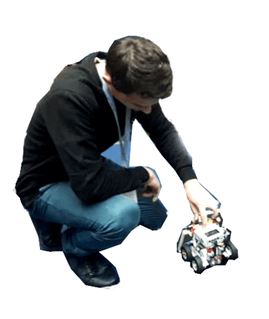 Uczeń uruchamia robota