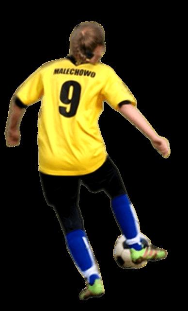 Uczennica w stroju piłkarskim